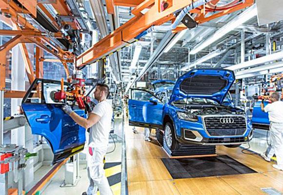 车界高层人事搬风再起,前BMW全球采购主管Markus Duesmann接任AUDI执行长
