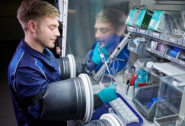 电动车大战比谁掌控电池,BMW启用电池芯技术中心将打造续航力翻倍的5代电池